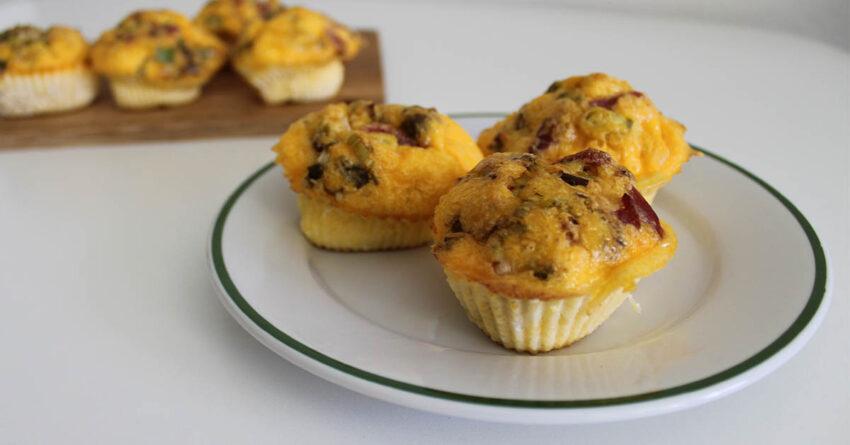 slany vajickovy muffin s chorizem